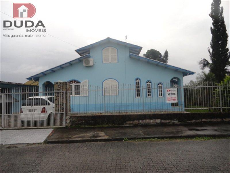 Casa Codigo 2063601 a Venda no bairro Pinheirinho na cidade de Criciúma