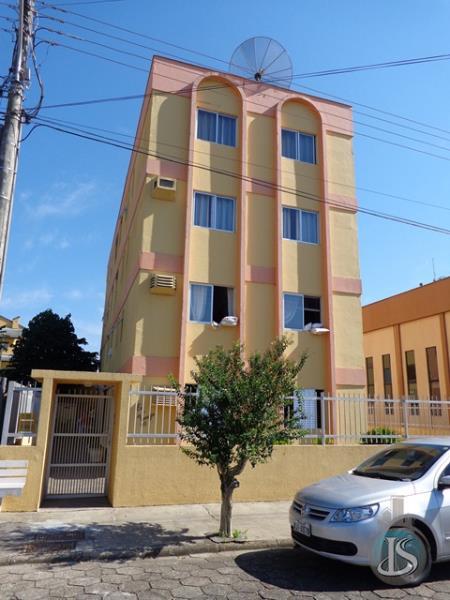 Apartamento Código 121 Aluguel Anual no bairro Centro na cidade de Urussanga