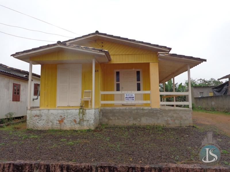 Casa Código 5611 Aluguel Anual no bairro Estação na cidade de Urussanga