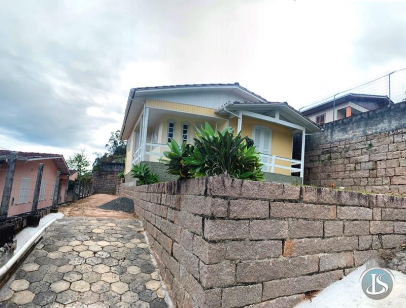 Casa Código 14043 Aluguel Anual no bairro Estação na cidade de Urussanga