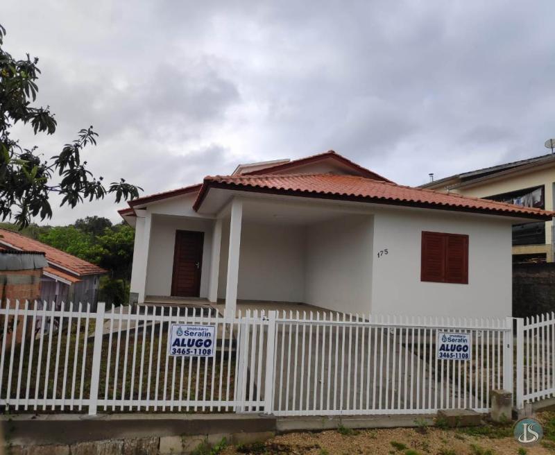 Casa Código 14054 Aluguel Anual no bairro Corridas na cidade de Orleans