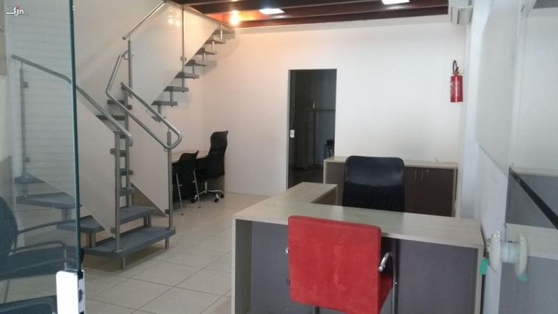 Loja-Codigo-10033-para-alugar-no-bairro-Coqueiros-na-cidade-de-Florianópolis