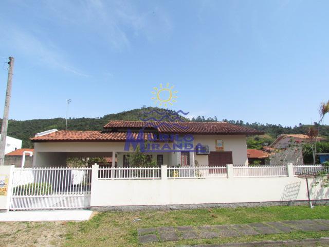 Casa Codigo 31 para locação de temporada no bairro PALMAS na cidade de Governador Celso Ramos