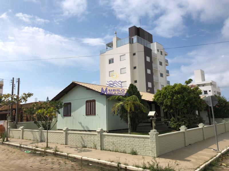 Casa Codigo 48 para locação de temporada no bairro PALMAS na cidade de Governador Celso Ramos