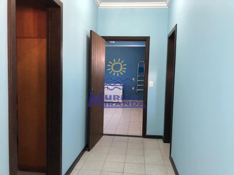 Corredor de acesso ao 1º dormitório, bwc social e garagem