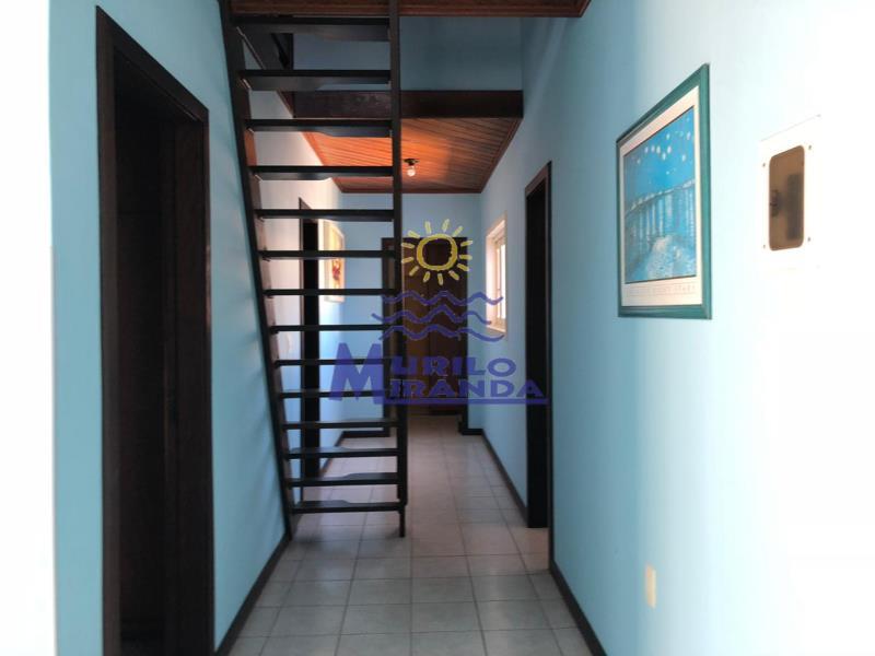 Corredor de acesso aos demais dormitórios