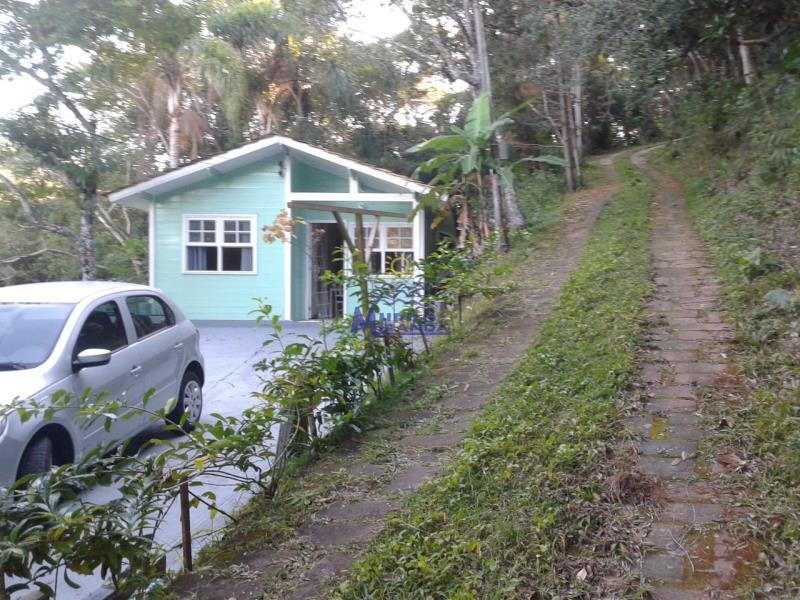 Casa Codigo 505 a Venda no bairro Praia do Antenor na cidade de Governador Celso Ramos