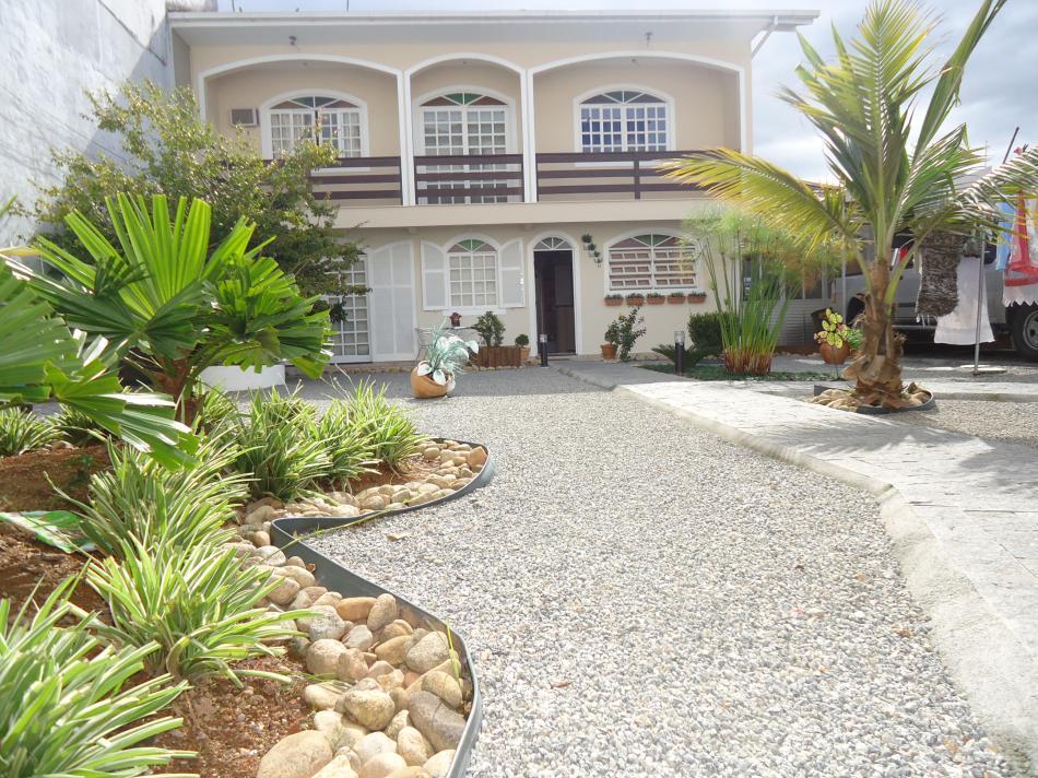 Prédio-Codigo-550-a-Venda-no-bairro-Jardim-Cidade-de-Florianópolis-na-cidade-de-São-José