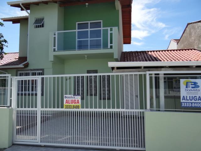 Casa-Codigo-783-para-alugar-no-bairro-Carianos-na-cidade-de-Florianópolis