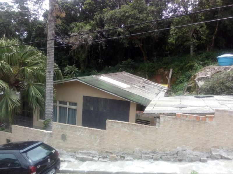 Casa-Codigo-961-a-Venda-no-bairro-José Mendes-na-cidade-de-Florianópolis