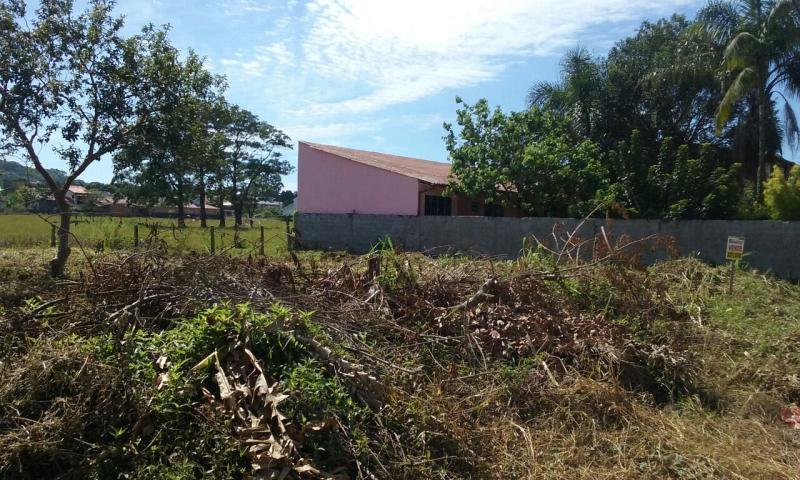 Terreno-Codigo-968-a-Venda-no-bairro-Campeche-na-cidade-de-Florianópolis