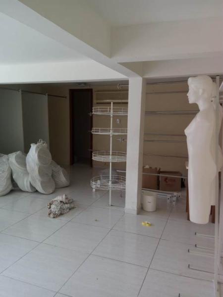Sala-Codigo-978-para-Locacao-no-bairro-Saco dos Limões-na-cidade-de-Florianópolis