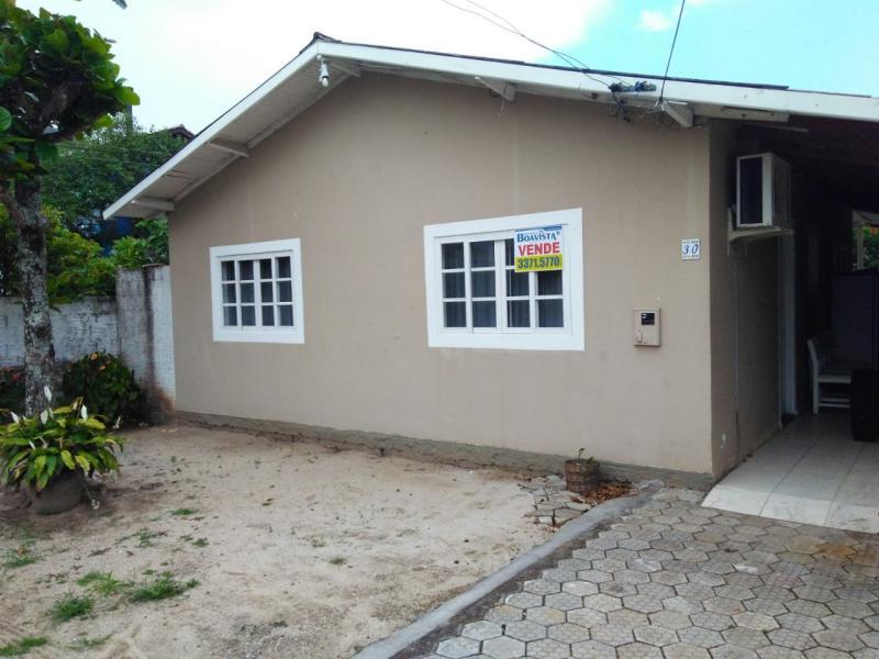 Casa-Codigo-985-a-Venda-no-bairro-Pântano do Sul-na-cidade-de-Florianópolis