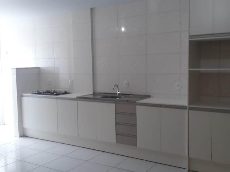 Apartamento-Codigo-999-para-alugar-no-bairro-Carianos-na-cidade-de-Florianópolis