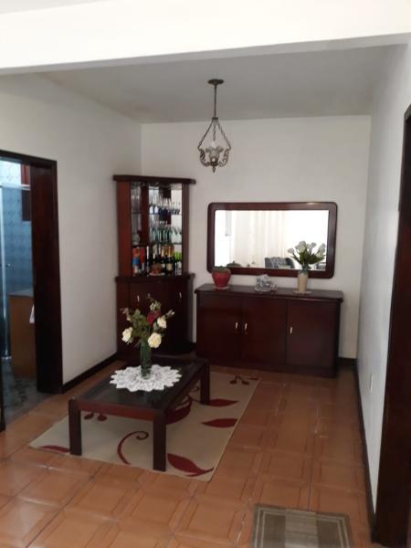 Casa-Codigo-1014-a-Venda-no-bairro-José Mendes-na-cidade-de-Florianópolis