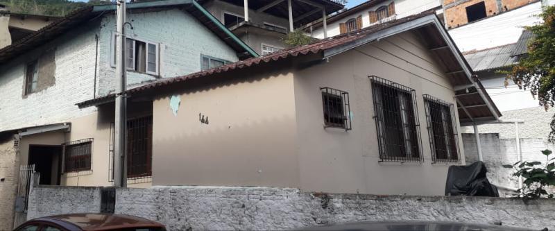 Casa-Codigo-1018-a-Venda-no-bairro-Saco dos Limões-na-cidade-de-Florianópolis