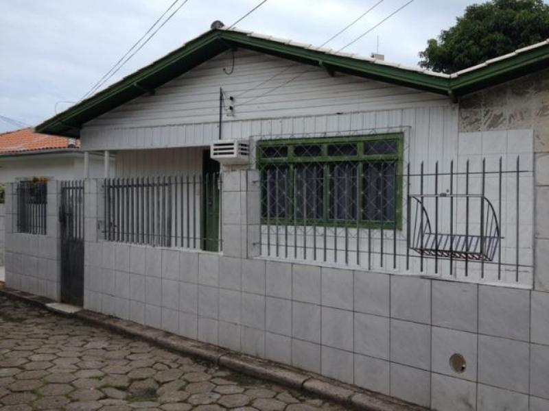 Casa-Codigo-1019-a-Venda-no-bairro-Saco dos Limões-na-cidade-de-Florianópolis