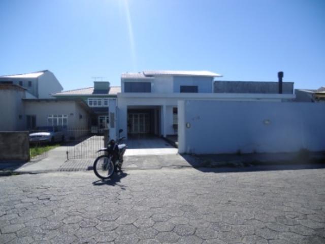 Casa Código 449 a Venda no bairro Ponte do Imaruim na cidade de Palhoça Condominio