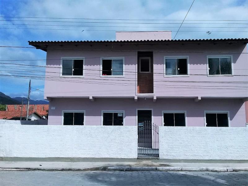 Casa Código 527 a Venda no bairro Pacheco na cidade de Palhoça Condominio