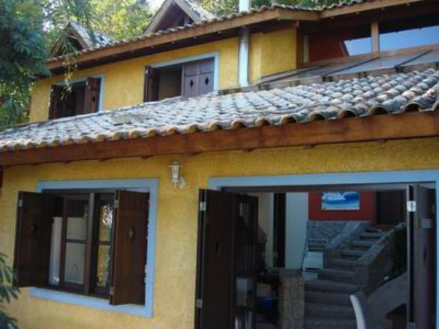 Casa Código 632 a Venda no bairro Praia de Fora na cidade de Palhoça Condominio
