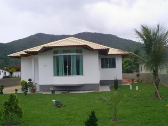 Casa Código 1023 a Venda no bairro Sul do Rio na cidade de Santo Amaro da Imperatriz Condominio