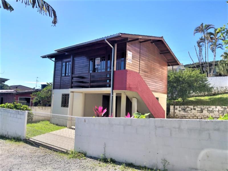 Casa Código 1028 para alugar no bairro Alto Aririu na cidade de Palhoça Condominio