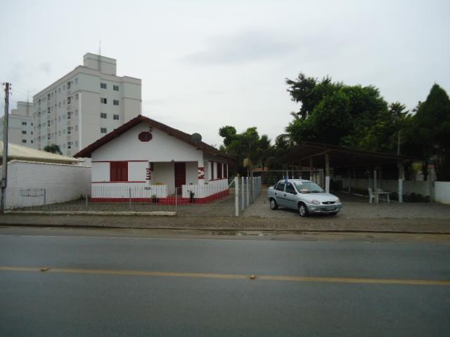 Terreno Código 2015 a Venda no bairro Vila Becker na cidade de Santo Amaro da Imperatriz Condominio