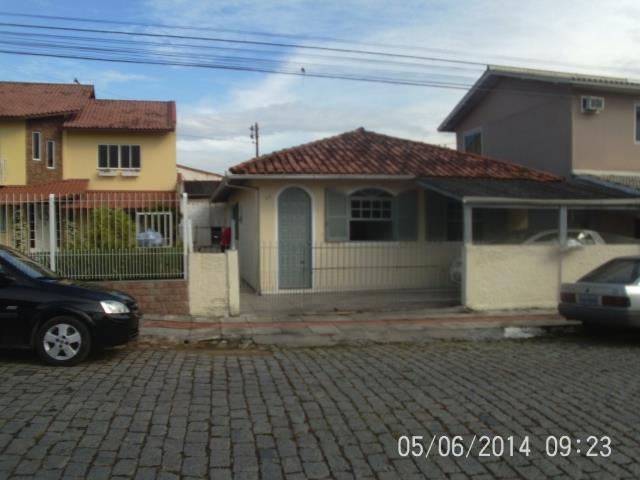 Casa Código 2023 a Venda no bairro Passa Vinte na cidade de Palhoça Condominio