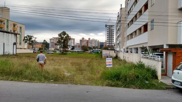 Terreno Código 2048 a Venda no bairro Cidade Universitária Pedra Branca na cidade de Palhoça Condominio