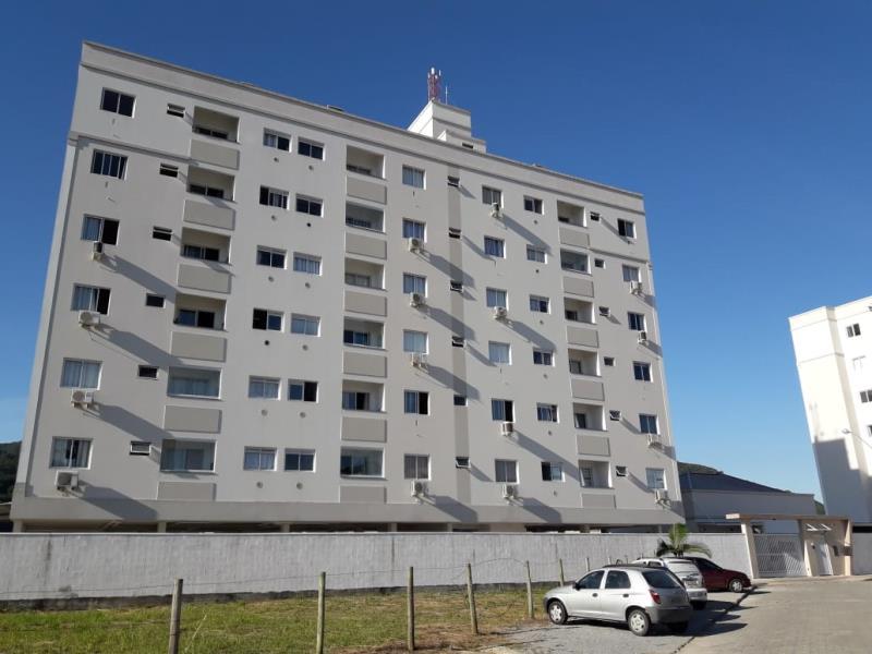 Apartamento Código 2486 para alugar no bairro Vila Becker na cidade de Santo Amaro da Imperatriz Condominio residencial imperador