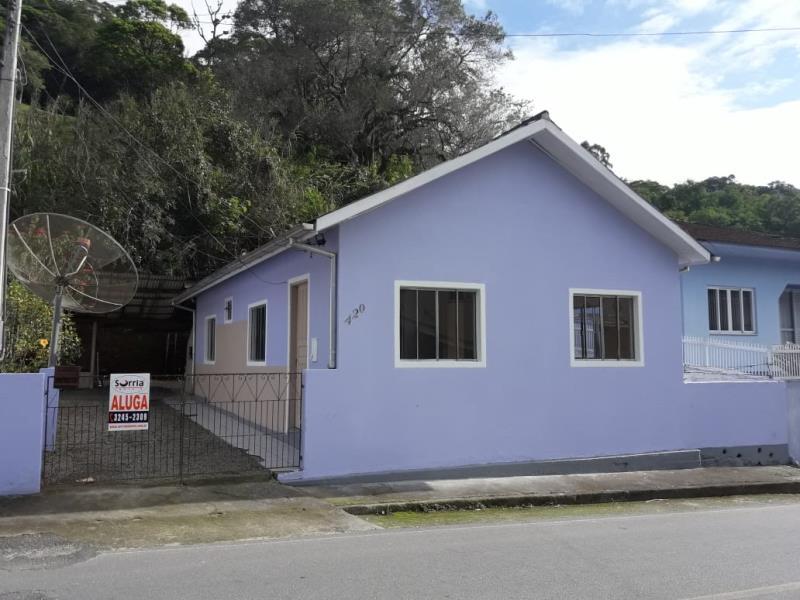 Casa Código 2488 para alugar no bairro Centro na cidade de Santo Amaro da Imperatriz Condominio