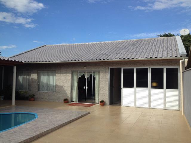 Casa Código 2624 a Venda no bairro Praia de Fora na cidade de Palhoça Condominio