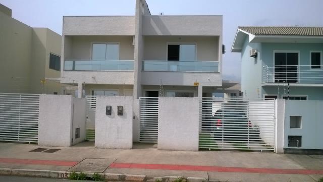 Casa Código 2649 a Venda no bairro Nova Palhoça na cidade de Palhoça Condominio