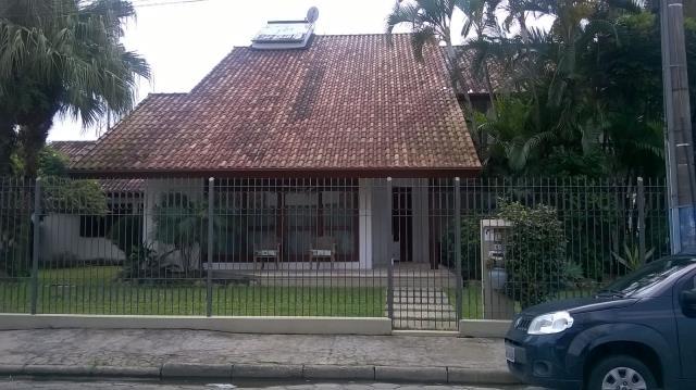 Casa Código 2815 para alugar no bairro Centro na cidade de Palhoça Condominio