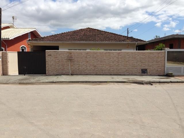 Casa Código 2849 a Venda no bairro Barra do Aririú na cidade de Palhoça Condominio