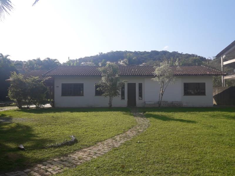 Casa Código 3052 para alugar no bairro Centro na cidade de Santo Amaro da Imperatriz Condominio