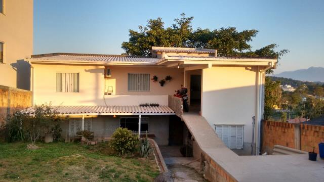 Casa Código 3141 a Venda no bairro Potecas na cidade de São José Condominio