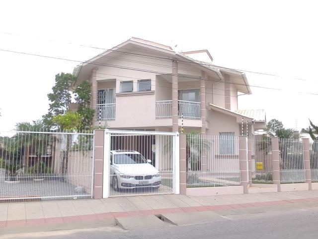 Casa Código 3254 a Venda no bairro Aririu na cidade de Palhoça Condominio