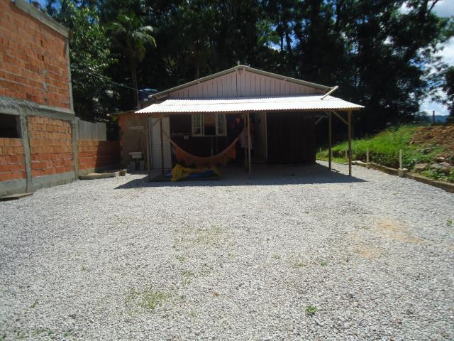 Casa Código 3377 a Venda no bairro Sul do Rio na cidade de Santo Amaro da Imperatriz Condominio