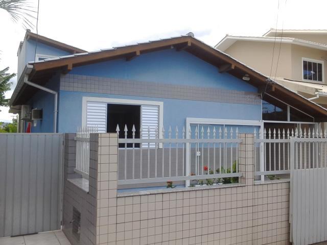 Casa Código 3411 a Venda no bairro Barra do Aririú na cidade de Palhoça Condominio