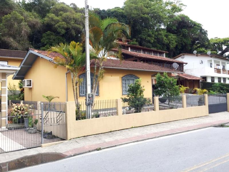 Casa Código 3709 a Venda no bairro Passa Vinte na cidade de Palhoça Condominio