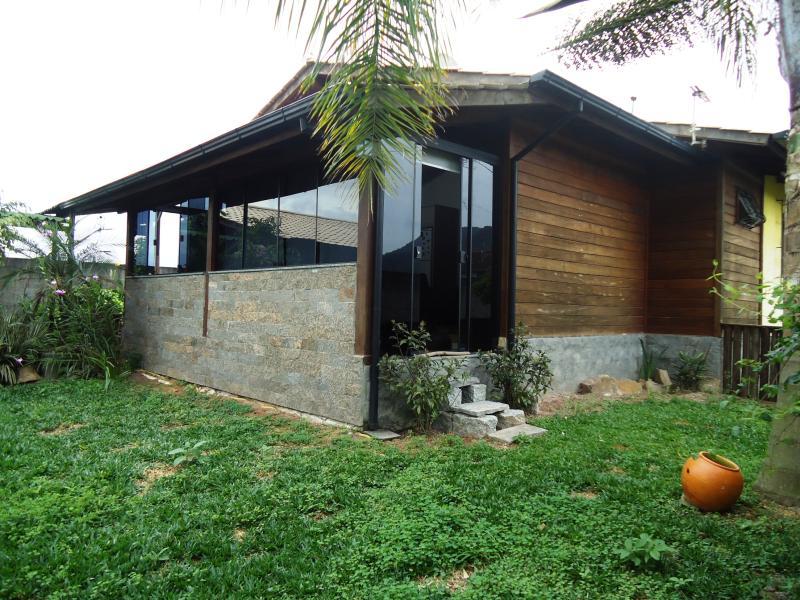 Casa Código 3711 a Venda no bairro Sul do Rio na cidade de Santo Amaro da Imperatriz Condominio