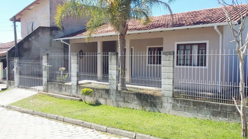 Casa Código 3744 a Venda no bairro São Sebastião na cidade de Palhoça Condominio
