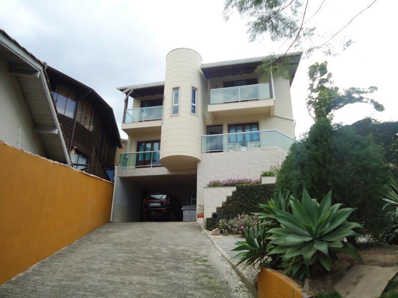 Casa Código 3755 a Venda no bairro São Francisco na cidade de Santo Amaro da Imperatriz Condominio