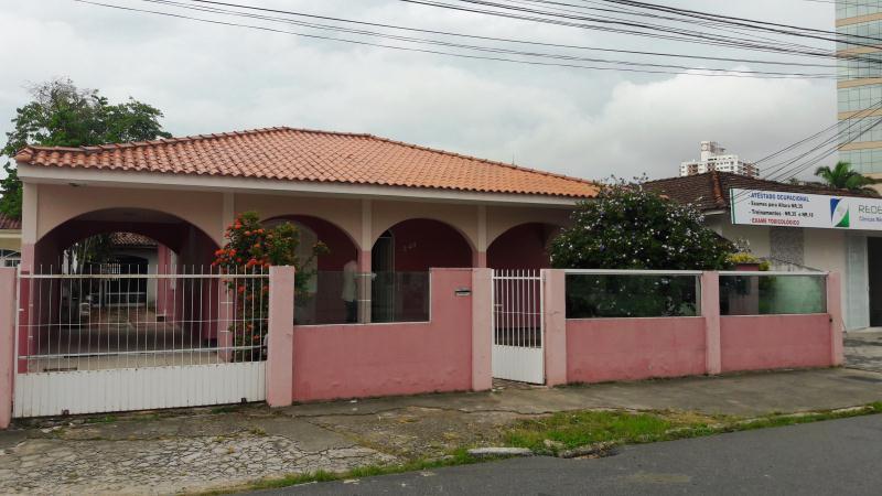 Casa - Código: 3833