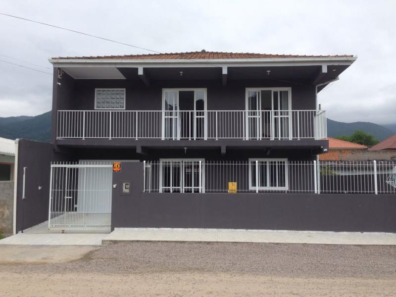 Casa Código 3854 a Venda  no bairro Praia de Fora na cidade de Palhoça