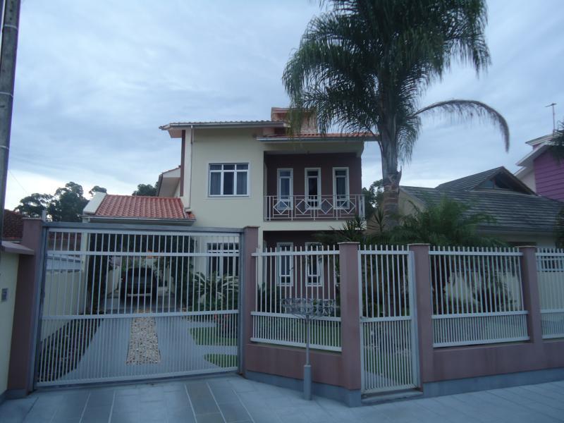 Casa Código 3864 a Venda no bairro Aririu na cidade de Palhoça Condominio