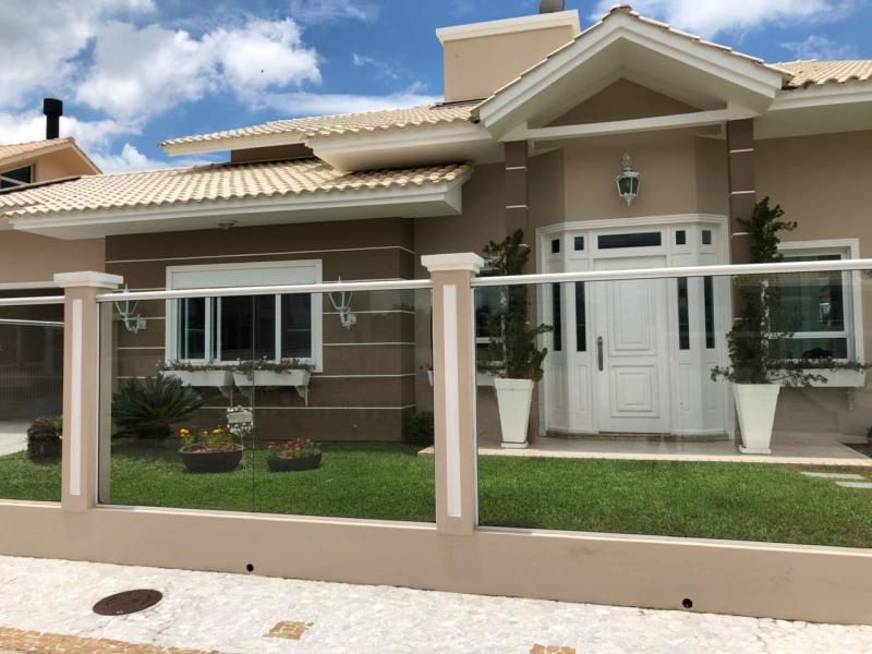 Casa Código 3865 a Venda no bairro Centro na cidade de Santo Amaro da Imperatriz Condominio