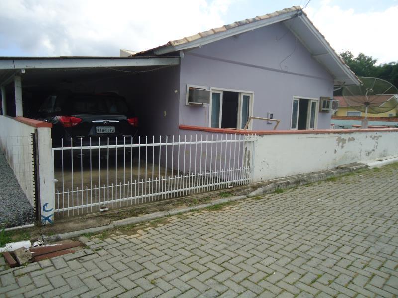 Casa Código 3866 a Venda no bairro Varginha na cidade de Santo Amaro da Imperatriz Condominio