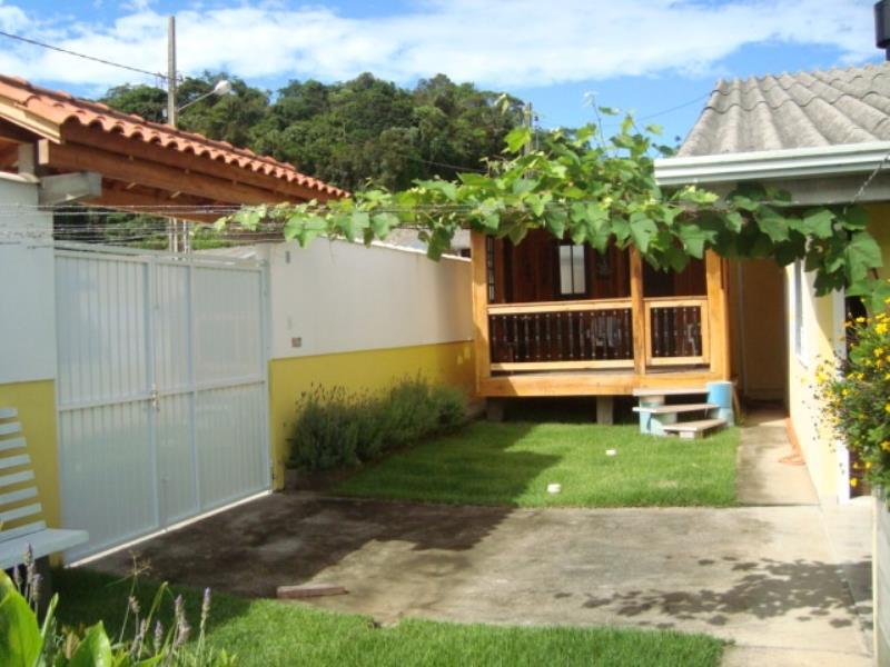 Casa Código 3918 a Venda no bairro Pagará na cidade de Santo Amaro da Imperatriz Condominio